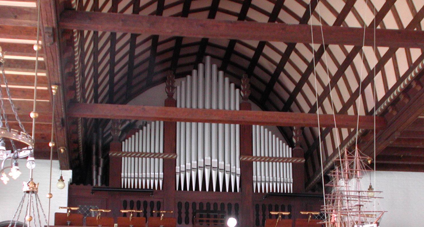 Blaagaards_Kirke_Copenhagen_orgel copy